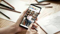 Samsung Galaxy Note 8: S-Pen permette di disegnare anche sulle foto