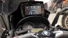 Samsung-Givi Smart Windshield: si collega allo smartphone e mostra indicazioni GPS e notifiche
