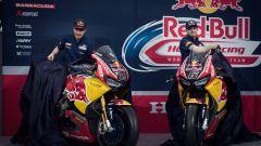 SBK 2017: Nicky Hayden e Stefan Bradl hanno presentato il nuovo Red Bull Honda Superbike Team - Immagine: 8