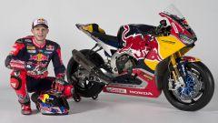 SBK 2017: Nicky Hayden e Stefan Bradl hanno presentato il nuovo Red Bull Honda Superbike Team - Immagine: 22