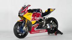 SBK 2017: Nicky Hayden e Stefan Bradl hanno presentato il nuovo Red Bull Honda Superbike Team - Immagine: 28