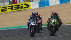 SBK 2020, Round Spagna, Jerez: Jonathan Rea (Kawasaki) e Toprak Razgatlioglu (Yamaha)
