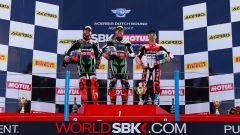 SBK Assen 2017: Rea vince gara uno davanti a Sykes e Melandri. Davies costretto al ritiro - Immagine: 2