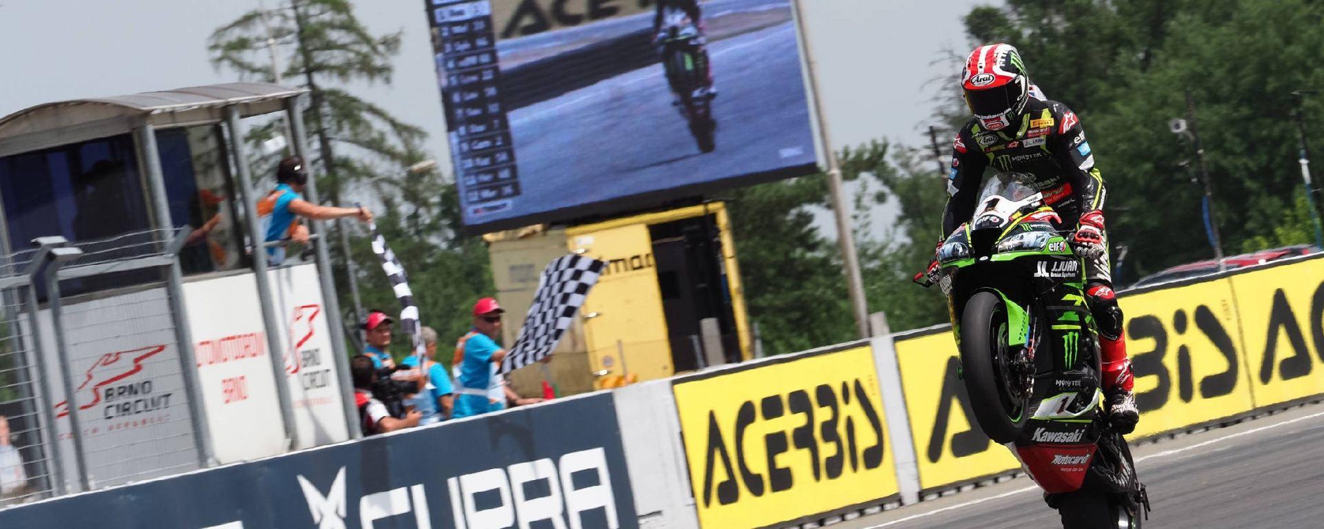 Sbk Brno 2018: Tom Sykes in pole, Rea vince gara 1