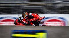 SBK Laguna Seca: Davies in pole, Rea vince gara uno - Immagine: 2
