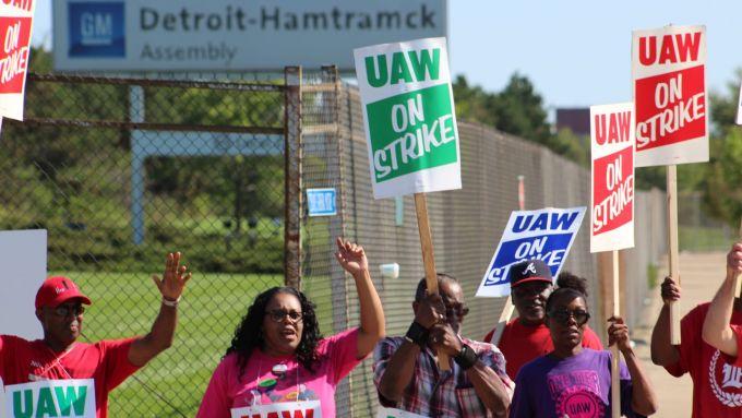 Sciopero dei lavoratori americani a Detroit