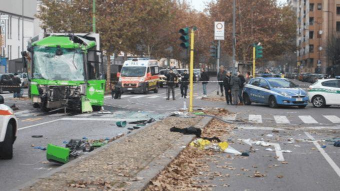 Scontro filobus - mezzo Amsa, le indagini sono in corso