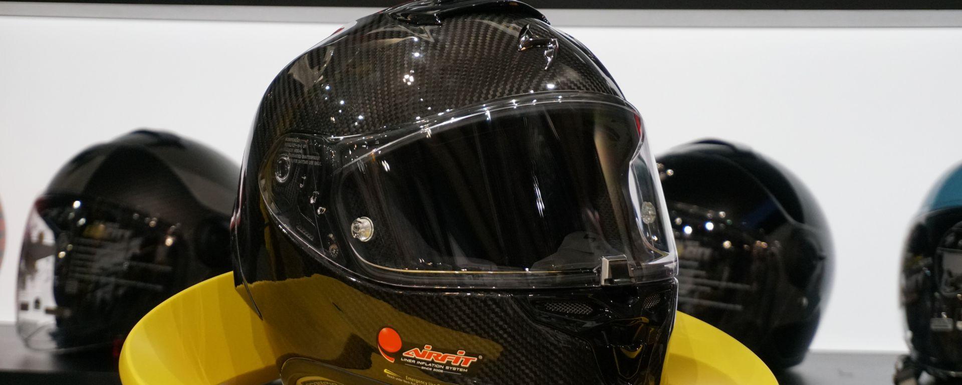 Scorpion: a Eicma 2019 presenta il casco Exo R1 Carbon Air