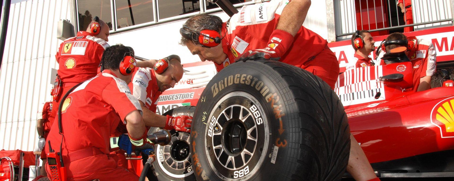 Scuderia Ferrari in mostra a Torino con Gianfranco Avallone