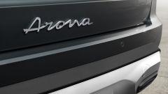 Seat Arona 2021, allestimento Xperience Dark Camouflage H, il nome sul portellone
