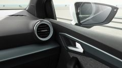 Seat Arona 2021, allestimento Xperience Dark Camouflage H, le bocchette di ventilazione illuminate