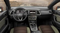 Seat Ateca X-Perience concept, interni verde oliva e marrone caffé