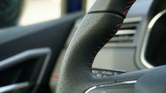 Seat Ibiza FR TGI: dettaglio volante multifunzione