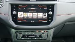 Seat Ibiza FR TGI: il display touch da 8
