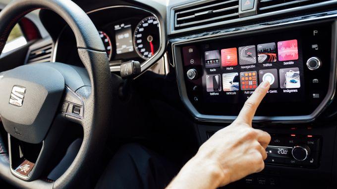 Seat Ibiza FR TGI: l'infotainment di bordo