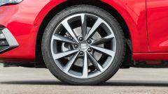 Seat Leon 1.5 eTSI DSG FR, il cerchio da 18 pollici