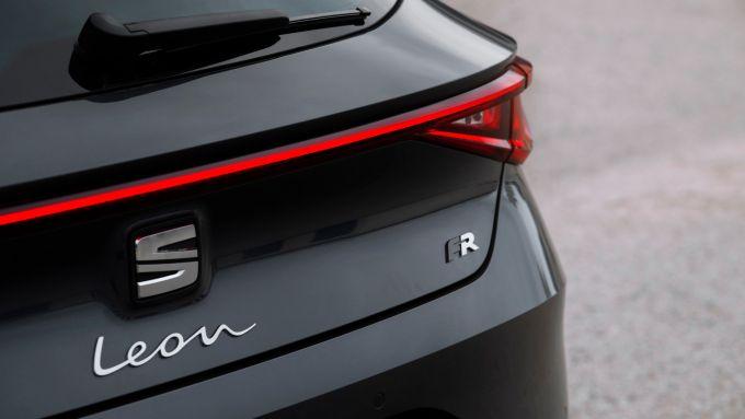 Seat Leon 2020: particolare del posteriore