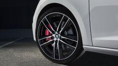 Seat Leon Cupra: di serie ci sono pinze freno rosse