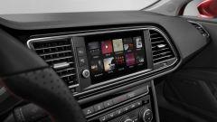 Seat Leon: il monitor touch da 8 pollici per gestire il sistema di infotainment