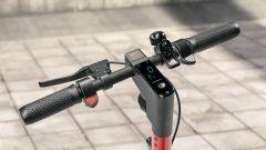 Seat Mo eKickScooter 65: dettaglio del manubrio