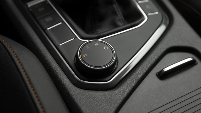 Seat Tarraco plug-in: il selettore della modalità di guida