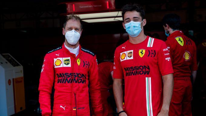 Sebastian Vettel e Charles Leclerc in pista il 23 giugno 2020 al Mugello con la Ferrari SF71H
