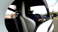 Sebastian Vettel guida la Twizy Renault Sport F1 - Immagine: 9