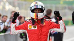 F1 2018, GP Azerbaijan: Sebastian Vettel centra la pole con la Ferrari davanti a Hamilton, Raikkonen sesto