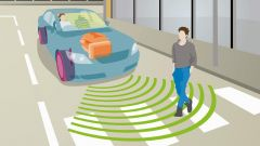 Auto elettriche: obbligatorio un segnalatore acustico. La legge