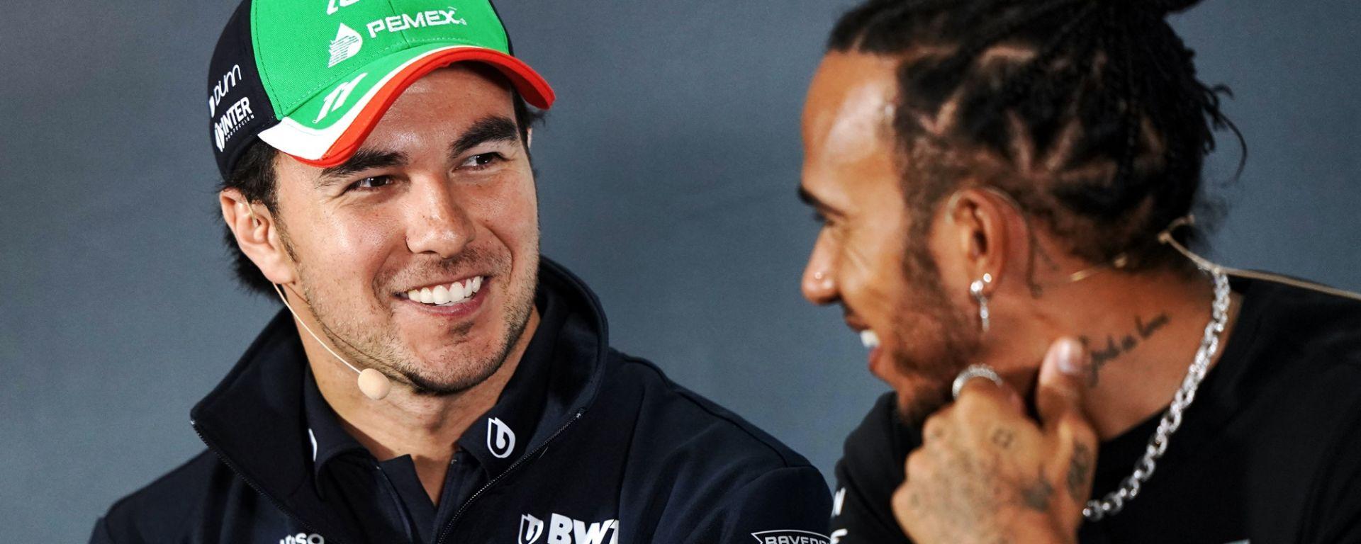 Sergio Perez e Lewis Hamilton