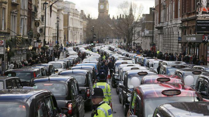 Servizi come Uber e Lyft contribuiscono ad aumentare, e non a ridurre, i livelli di CO2 nell'aria