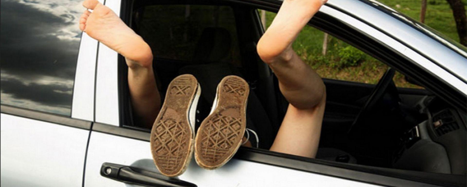 Sesso in auto, una pratica che può costare cara