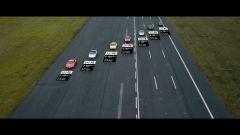 Sette generazioni di Porsche 911 Turbo, schierate