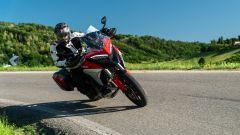 Sfida Maxi Enduro 2021: Ducati Multistrada V4 S in piega