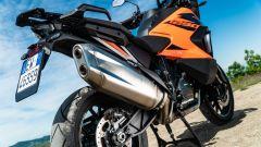 Sfida Maxi Enduro 2021: KTM 1290 Super Adventure S, dettaglio dello scarico
