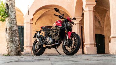 Sfida Naked medie: Ducati Monster +, 3/4 anteriore