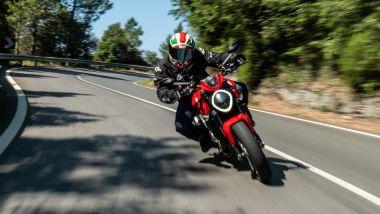 Sfida Naked medie: Ducati Monster + sul Passo del Bracco