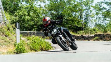 Sfida Naked medie: KTM 890 Duke 2021