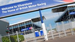 Silverstone Circuit - cancello d'ingresso
