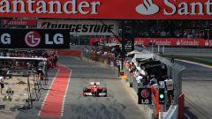 Silverstone Circuit - pitlane dei box
