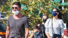 Simon Cowell sembra tornato in forma dopo l'incidente di agosto