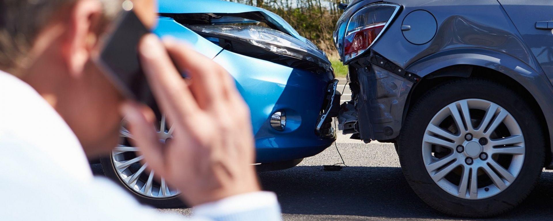 Sinistri stradali, in UK si denunceranno alla polizia anche online