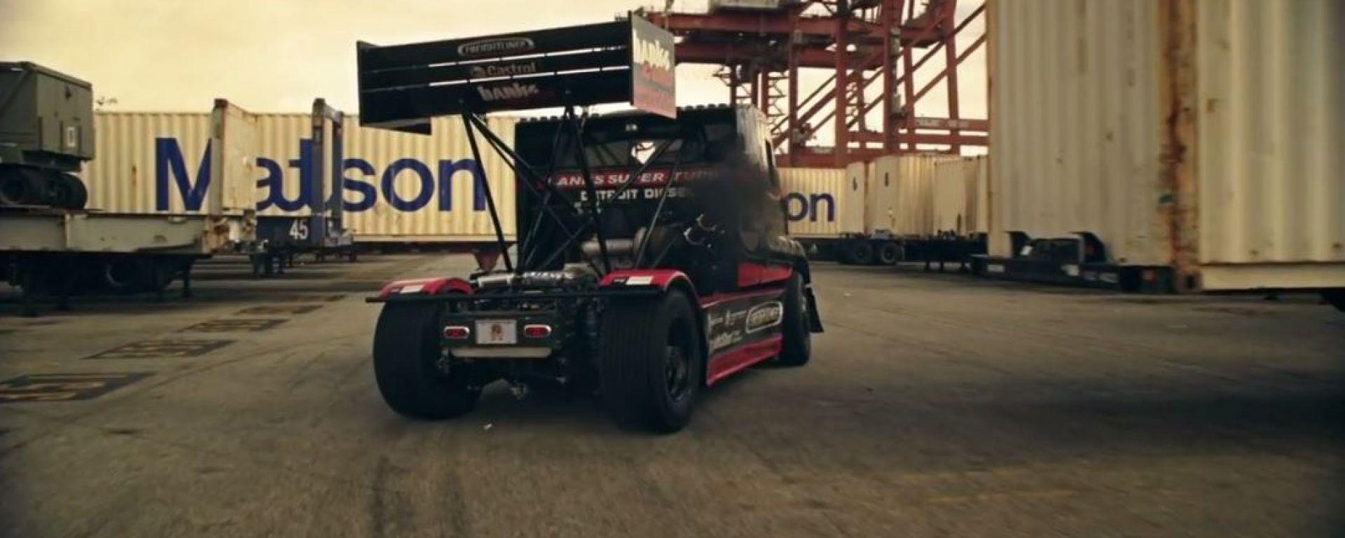 SIZE MATTERS 2 - Semi Truck Drifting