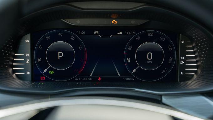 Skoda Kamiq 1.0 TSI DSG Scoutline, il Virtual Cockpit opzionale