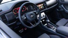 Skoda Kodiaq RS 2021: il volante sportivo a tre razze