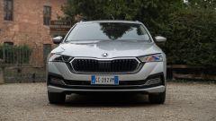 Skoda Octavia iV Wagon plug-in hybrid, il frontale