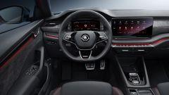 Skoda Octavia RS 2020, il volante