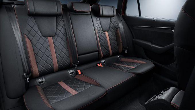 Skoda Octavia RS 2020: l'abitacolo