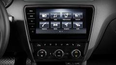 Skoda Octavia RS m.y. 2017: nell'abitacolo spicca il sistema di infotainment con monitor touch da 9,2 pollici (optional)