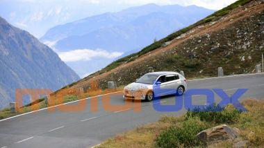 Skoda Scala 2022, il prototipo impegnato sulle Alpi